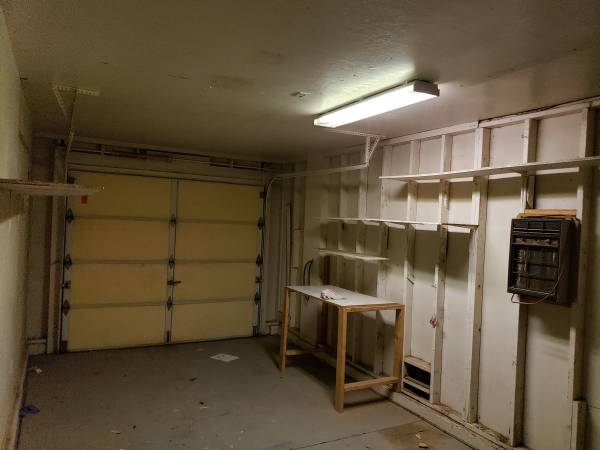 Photo Free Garage Shelves and Desk (Phoenix)