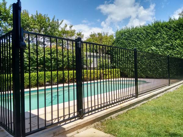 Photo Free removal of pool fencing (All of Phoenix and suburbs)