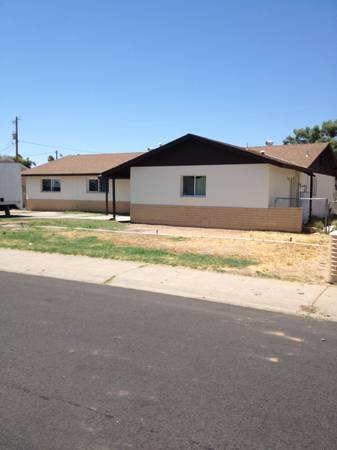 Photo Great family home 5 bed 2 bath New Roof  RV Gate Rent to Own (Phoenix)
