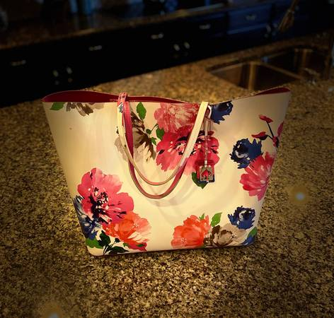 Photo Kate Spade Floral Tote - $100 (Queen Creek)