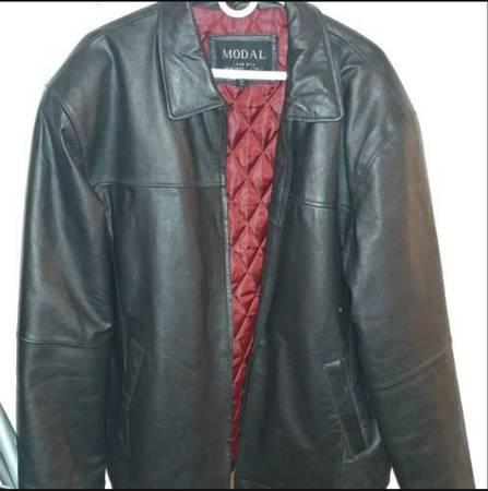 Photo MODAL - New York  Italy Mens XL (100 Lamb-Skin Leather) Jacket - $25 (Tempe)