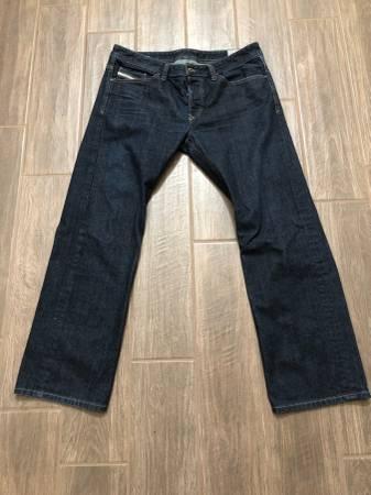 Photo Men39s Diesel Straight Leg Jeans- Size 34 W 30 L - $75 (Gilbert)