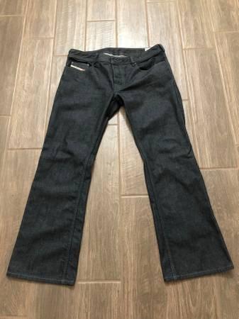 Photo Men39s Diesel Zatiny Jeans-Size 34 W-30 L - $75 (Gilbert)