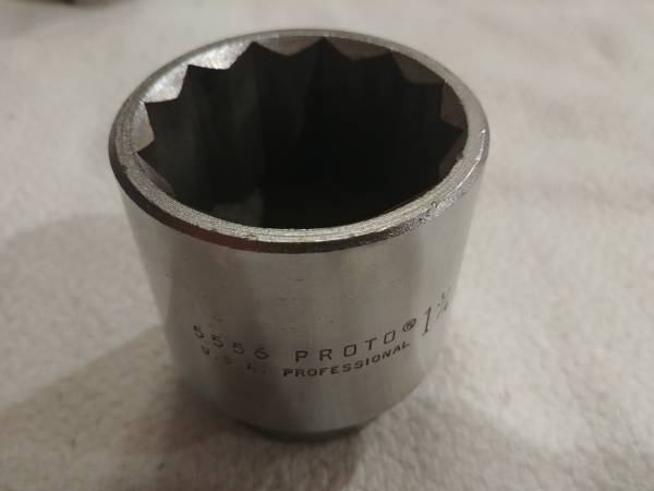 Photo Proto 34quot drive - 12pt - 1-34quot socket - $25 (67th ave  Happy Valley)