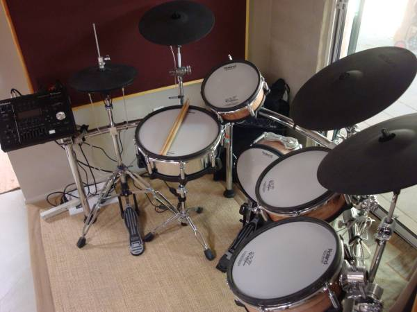 Photo Roland TD-50KV 5 pcs V-Drums w  - $6,500 (Tucson)