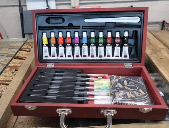 Photo Royal Brush Watercolor Painting Box Set - $20 (Country Club  University)
