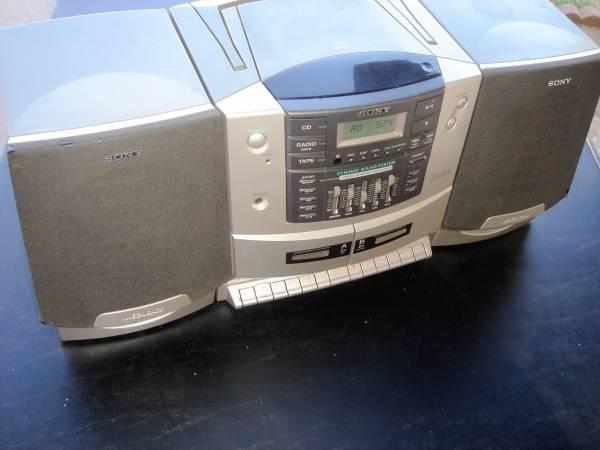 Photo SONY CD RADIO DUAL CASSETTE RECORDER BOOM BOX BOOMBOX BOOKSHELF STEREO - $60 (NORTH PHOENIX)