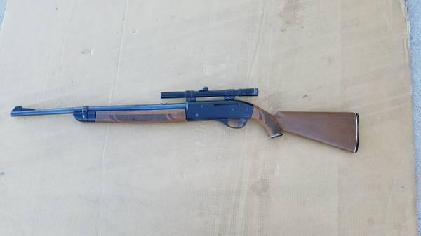 Photo Vintage Crosman 766 American Classic 177 Cal. Air Rifle - $100 (North Central Phoenix)