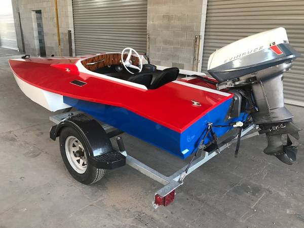 Photo Vintage Hydroplane Boat with New Build - Goes 59mph - $3850 (43rd Ave and Indian School)