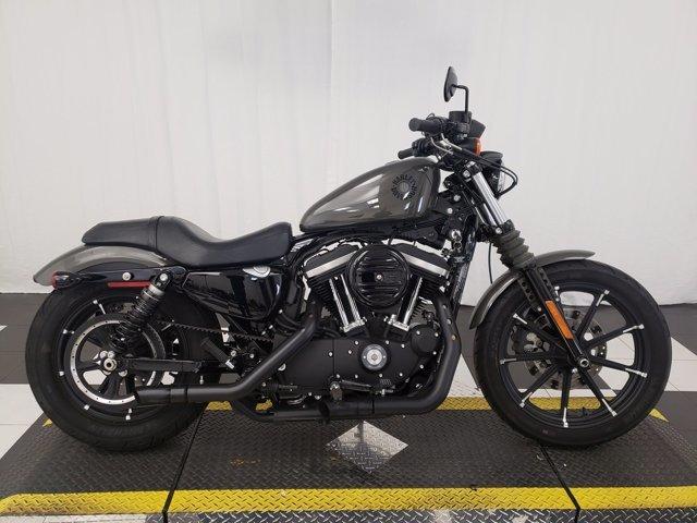 Photo 2019 Harley-Davidson Sportster Iron 883 XL883N