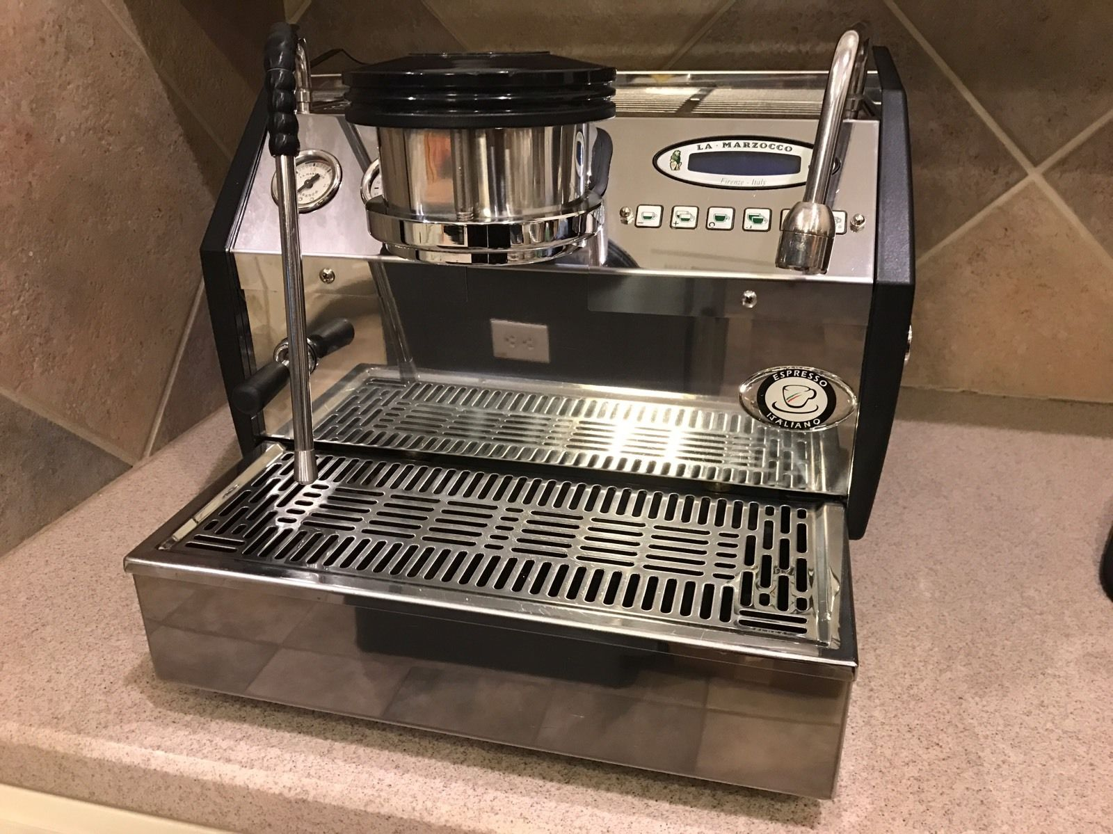 Photo La Marzocco GS3 AV Coffee Machine