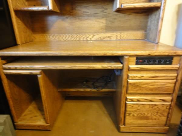 Photo solid oak desk - $400 (Phoenix)