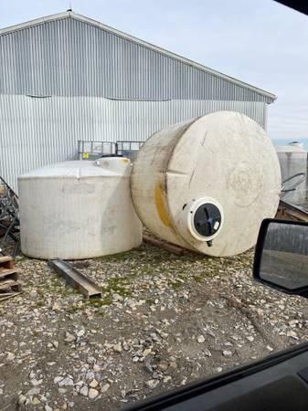 Photo 1,500 gallon water tank - $500 (Dawson pa)
