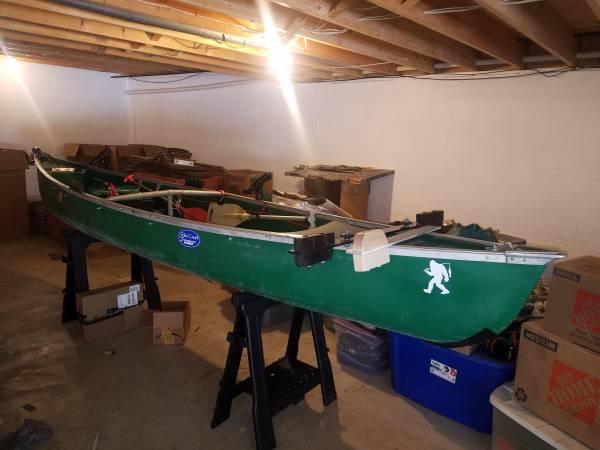 Photo 17 ft coleman ram x white water canoe - $1,050 (Greensburg)