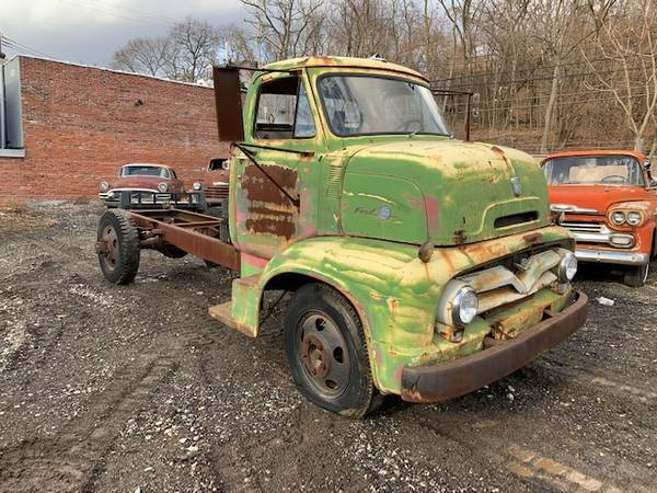Photo 1955 Ford COE patina truck - $6500 (Pittsburgh)