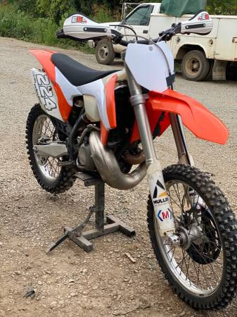 Photo 2014 KTM XC 250 - $4,000 (Venetia)