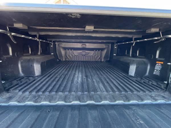 Photo 2020 Chevy Silverado 6.5 drop in bed liner - $100 (Claridge)