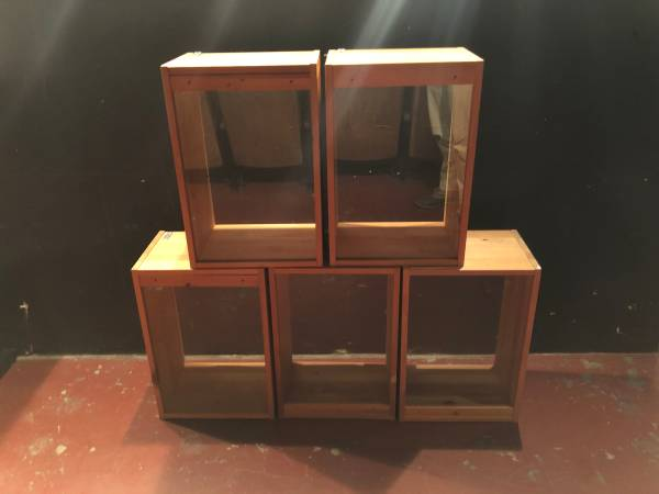 Photo 5 Wooden Retail Display Cases - $25 (Pittsburgh, PA)