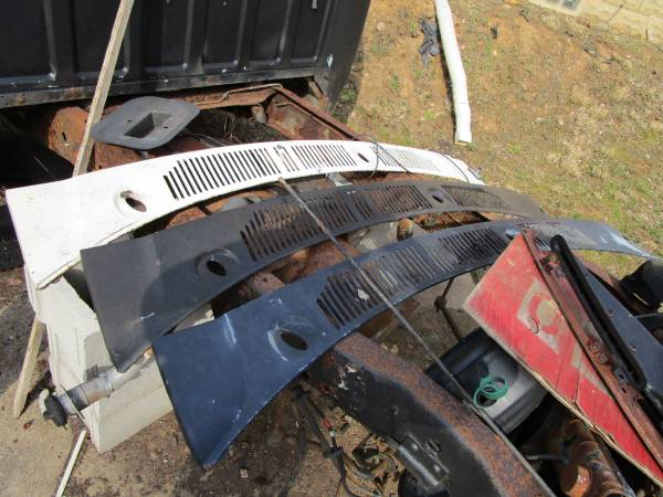 Photo 80-86 ford truck f150 f350 bronco cowl - $10 (kittanning)