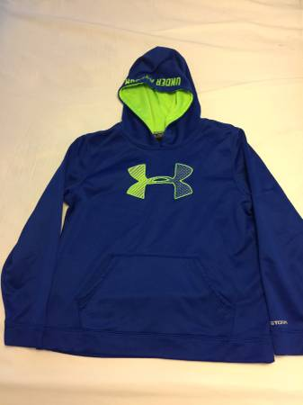 Photo Big Boys Under Armour Hoodie -Size Youth XL ( 18-20) - $10 (Whitehall -Pgh)