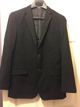 Photo Calvin Klein Big Boy Young Man Suit for Junior Prom or Wedding - $30 (Whitehall -Pgh)