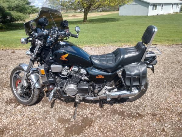 Photo Honda V65 MAGNA - $3,850 (Renfrew pa)