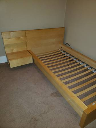 Photo Ikea twin bed - $85 (Brentwood)