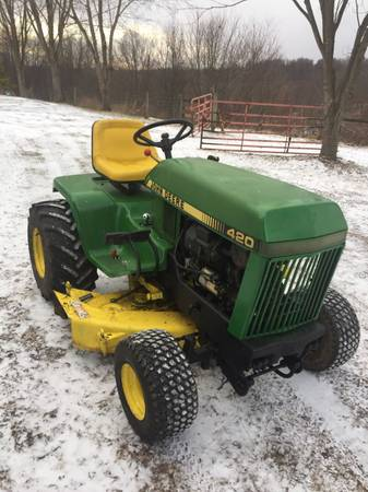 Photo John Deere 420 - $2500 (Rural Valley)