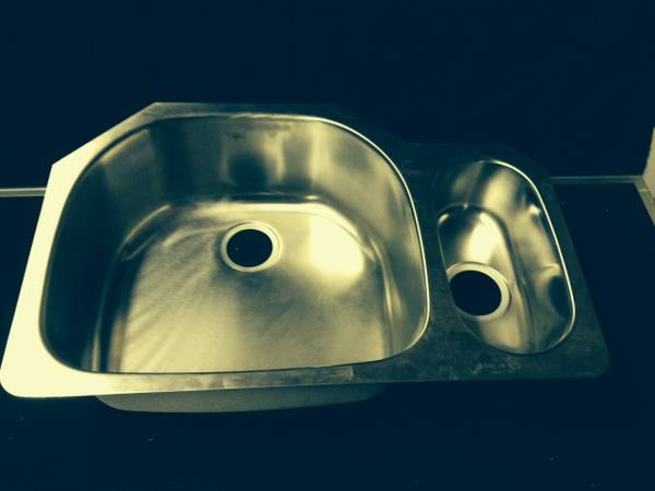 Photo Kindred SS Kitchen Sink - $150 (Swissvale)