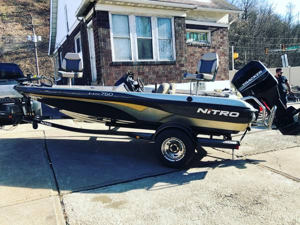 Photo Nitro Bass Boat - $10500