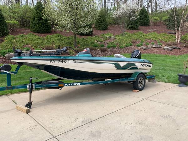 Photo Nitro bass boat - $11,400 (Pittsburgh pa)