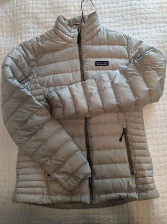 Photo Patagonia women39s medium Down Sweater - great condition - $120 (Pittsburgh)