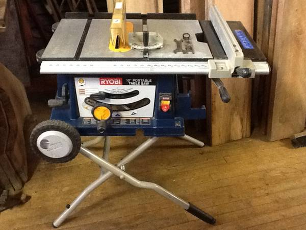 Photo RYOBI CONTRACTOR TABLE SAW AND PAINT SPRAYER - $250 (Uniontown 15401)