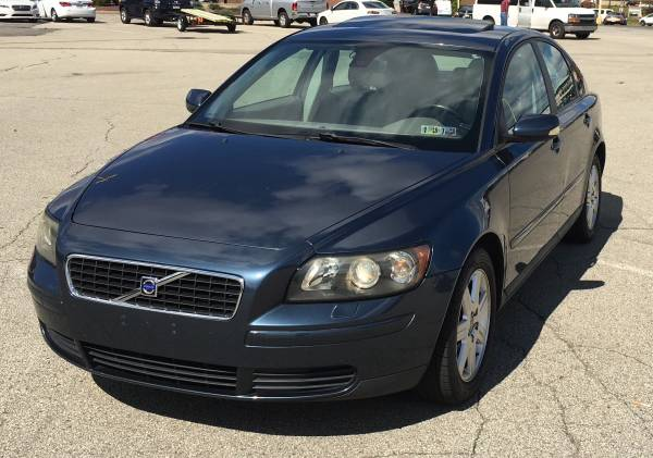 Photo Reliable, Safe, Well Maintained 4 door - $4,000 (West Mifflin)