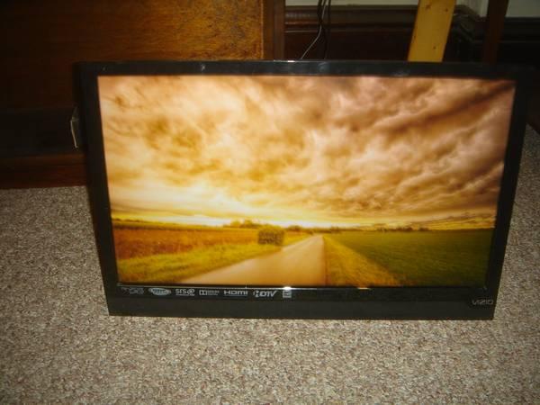 Photo VIZIO 22 INCH TV - $35 (Connellsville, pa)