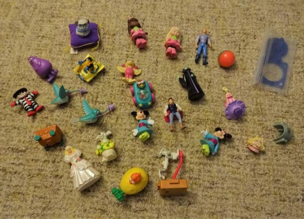 Photo Vintage McDonalds  Burger King Happy Meal Toys (Bridgeville)