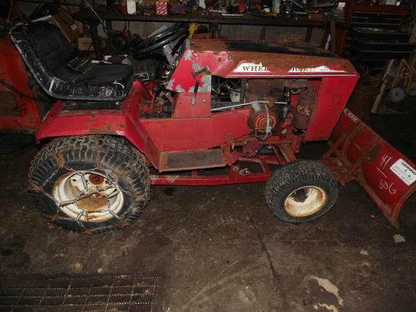 Photo Wheel Horse C-125 Tractor with Snow Plow and 36quot Deck - $600 (Hazen, PA)
