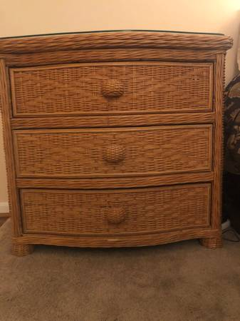Photo Wicker Bedroom Furniture - $400 (Upper St. Clair)