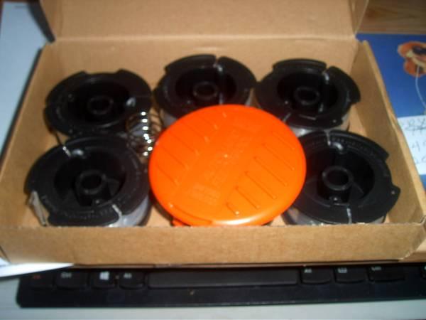 Photo weed eater spools - $15 (coraopolis)