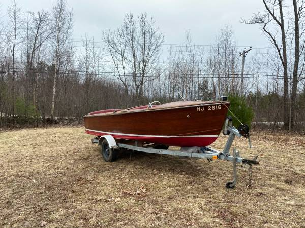 Photo 1952 Chris-Craft Boat and Trailer for sale - $2,000 (barnstead, nh)