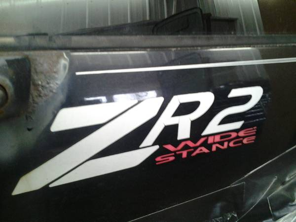 Photo 1999 Chevy S-10 blazer ZR2 (phone  or no reply)