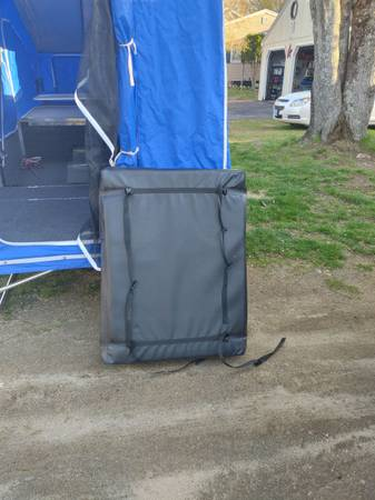 Photo 2017 Time-Out Delux trailer - $4,500 (Epping)