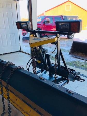 Photo 7396quot Fisher Snow Plow with Minute Mount - $1500 (Plattsburgh, NY)