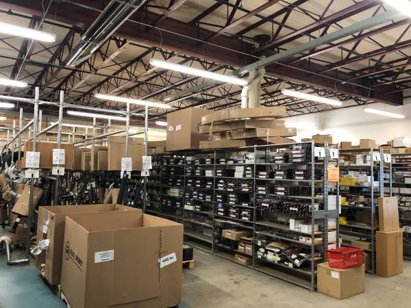 Photo HIGH BAY GARAGEWAREHOUSE SPACE(Distribution, RD,Manufacturing,auto) (Concord NH)