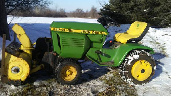 Photo John Deere 212 tractor snowblower with mower and tiller - $1,300 (Chateaugay)