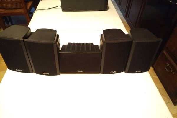 Photo KLH Home Audio Speakers Surround Sound CD Player Record DVD - $60 (Dover, NH)