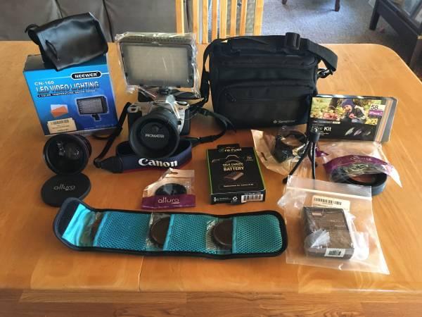 Photo (New) Canon Rebel 2000 EOS film camera - $100 (Plattsburgh)