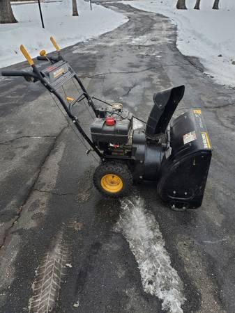 Photo Yard Machines 826 Snowblower - $100 (Atkinson)