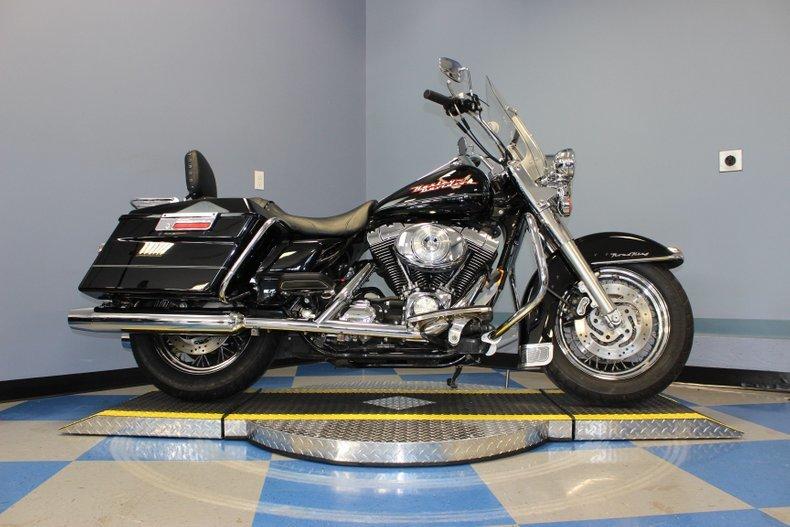 Photo 2004 Harley Davidson Road King C $8250