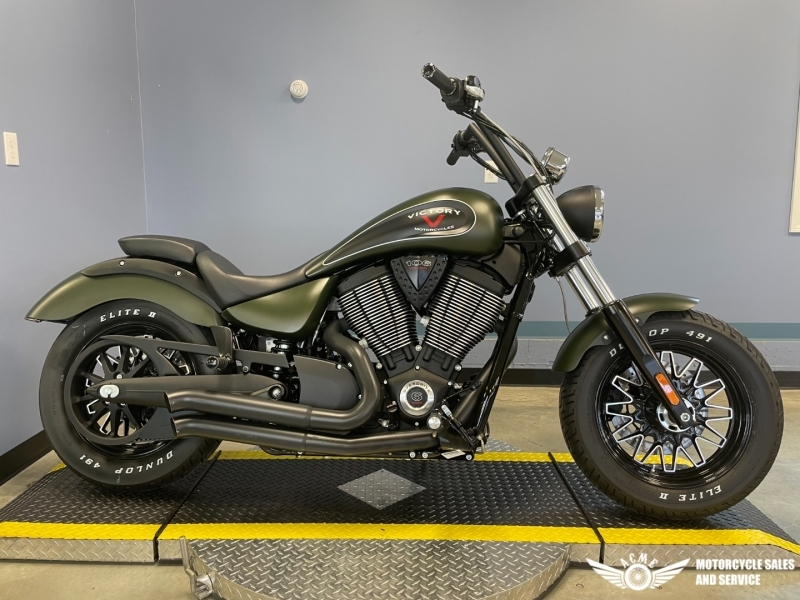 Photo Used 2017 Victory Cruiser Motorcycle  $10895